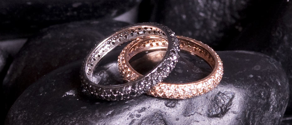 Fedi con diamanti neri e bianchi oro rosa e bianco